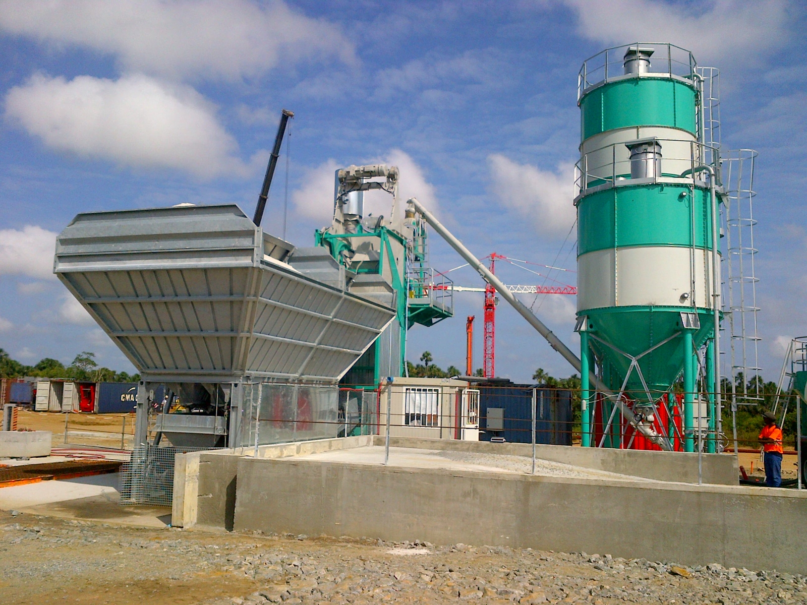 <h1>NEW ORU MULTIS 55B GOLD IN FRENCH GUYANA</h1><p>Great success of the ORU GOLD line in 2015.<br />Just commissioned the new batching plant ORU MULTIS 55B GOLD in French Guiana</p>